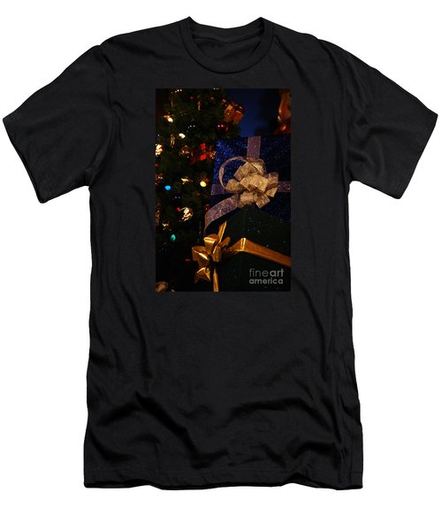 Men's T-Shirt (Slim Fit) featuring the photograph Sparkle Ribbon And Bows by Linda Shafer