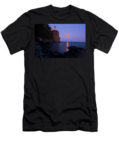 Split Rock Lighthouse - Full Moon Men's T-Shirt (Athletic Fit)