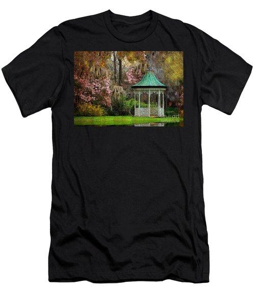 Spring Magnolia Garden At Magnolia Plantation Men's T-Shirt (Athletic Fit)