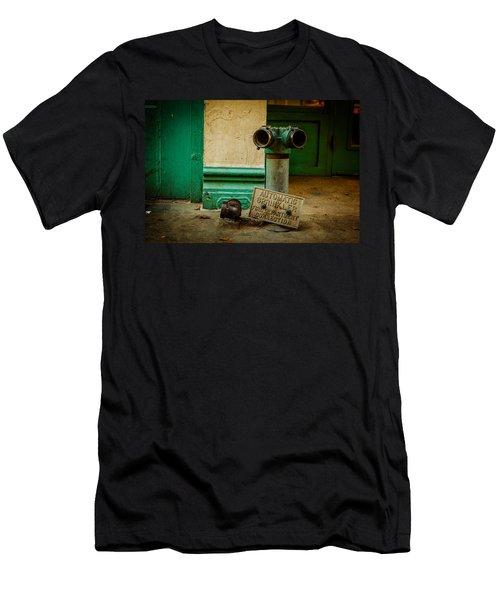 Sprinkler Green Men's T-Shirt (Athletic Fit)