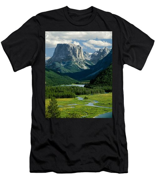 Squaretop Mountain 3 Men's T-Shirt (Athletic Fit)