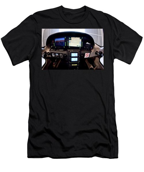 Sr22 Cockpit Men's T-Shirt (Athletic Fit)