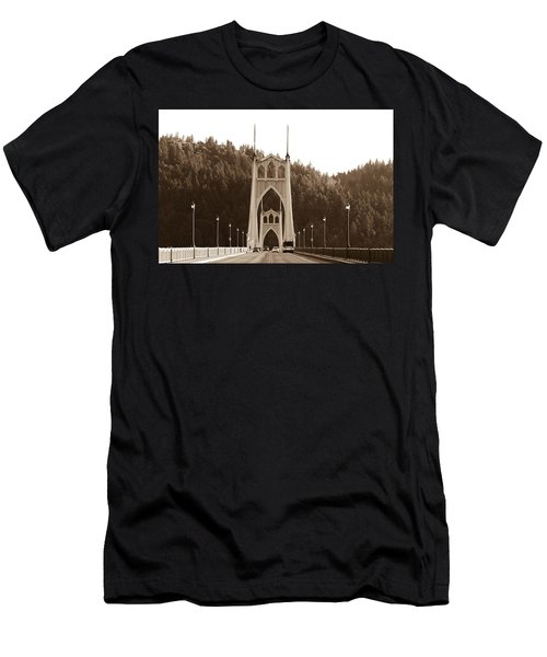 St. John's Bridge Men's T-Shirt (Athletic Fit)