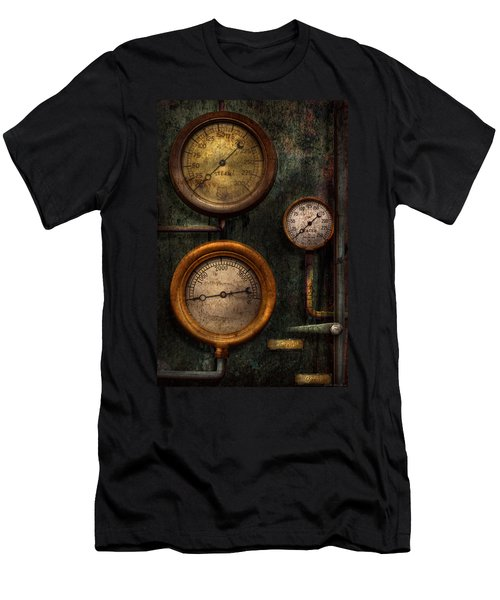 Steampunk - Plumbing - Gauging Success Men's T-Shirt (Athletic Fit)