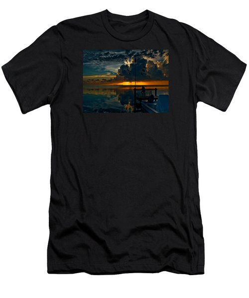 Sunset Tropical Storm And Watcher In Florida Keys Men's T-Shirt (Slim Fit)