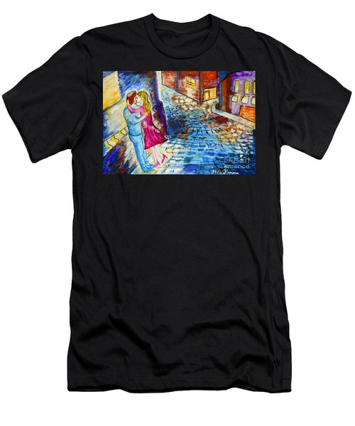 Street Kiss By Night  Men's T-Shirt (Athletic Fit)