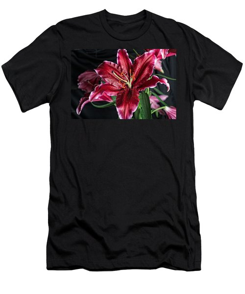 Sumatran Lily Men's T-Shirt (Athletic Fit)
