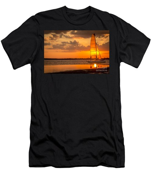 Sun Sail Men's T-Shirt (Athletic Fit)