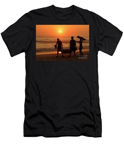 Ocean - Sundown Sunset Men's T-Shirt (Athletic Fit)