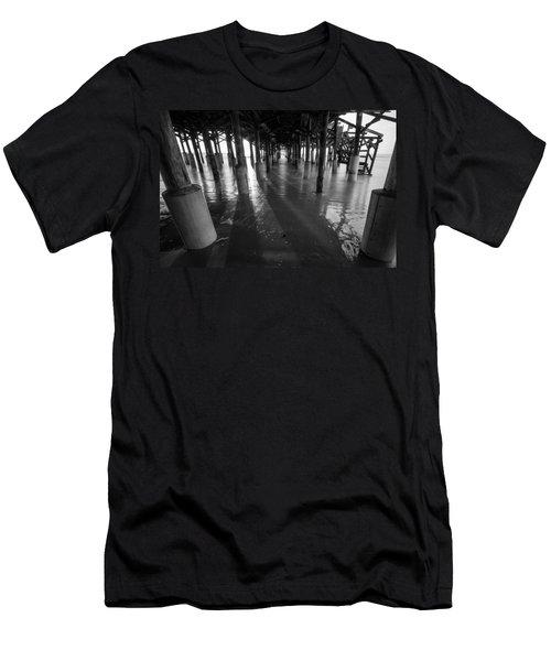Sunrise Under Pier Men's T-Shirt (Athletic Fit)