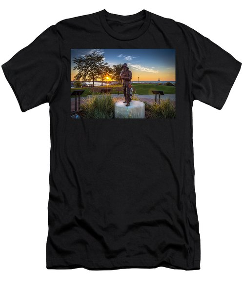 Sunrise With The Fisherman Men's T-Shirt (Athletic Fit)
