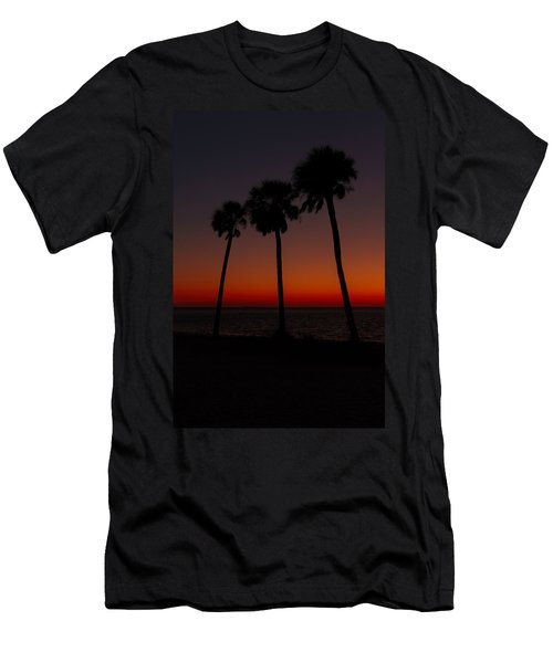 Sunset Beach Silhouette Men's T-Shirt (Athletic Fit)