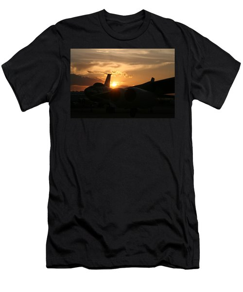 Sunset On The Cold War Men's T-Shirt (Athletic Fit)