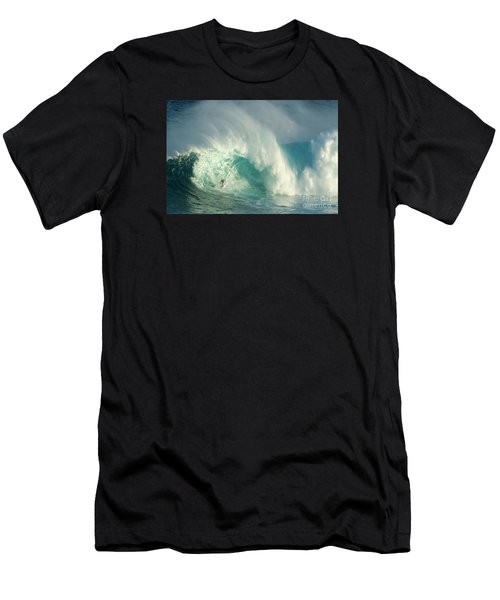 Surfing Jaws 3 Men's T-Shirt (Athletic Fit)