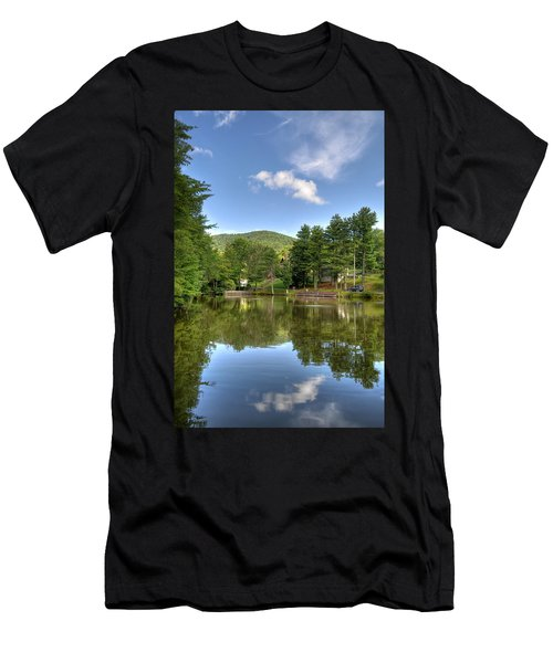 Swiss Mountain Lake Men's T-Shirt (Athletic Fit)