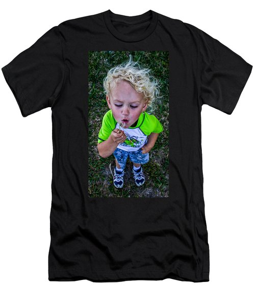 Men's T-Shirt (Athletic Fit) featuring the photograph Taj by Tyson Kinnison