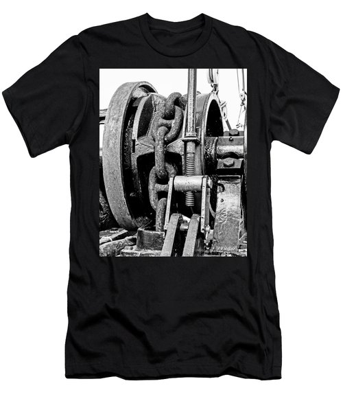 Tall Ship Elissa Anchor Chain Men's T-Shirt (Athletic Fit)