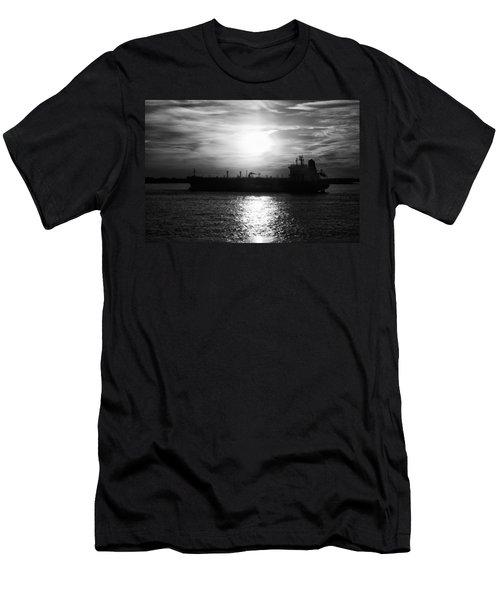 Tanker Twilight Men's T-Shirt (Athletic Fit)