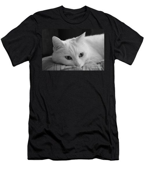 The Dreamer Cat Men's T-Shirt (Athletic Fit)