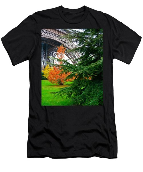 The Eiffel In Fall Men's T-Shirt (Athletic Fit)