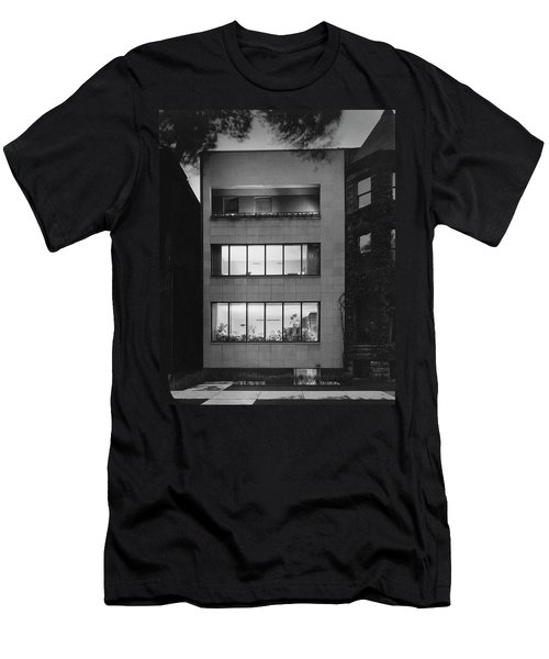 The Exterior Of A Modern Townhouse Men's T-Shirt (Athletic Fit)