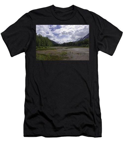The Great Alaskan Wilderness Men's T-Shirt (Athletic Fit)