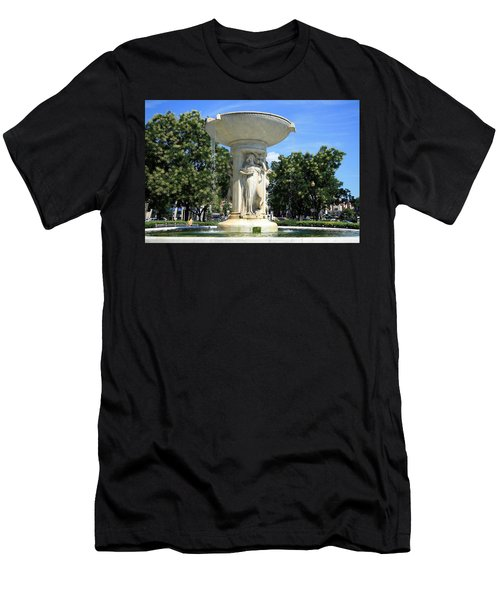 The Heart Of Dupont Circle Men's T-Shirt (Slim Fit)
