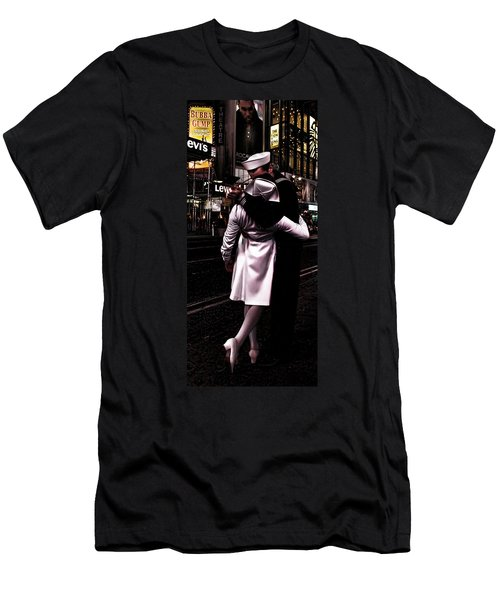 The Kiss In Times Square Men's T-Shirt (Athletic Fit)