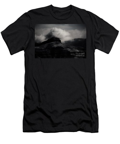 The Mist Men's T-Shirt (Athletic Fit)
