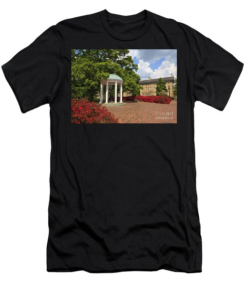 The Old Well At Chapel Hill Campus Men's T-Shirt (Athletic Fit)