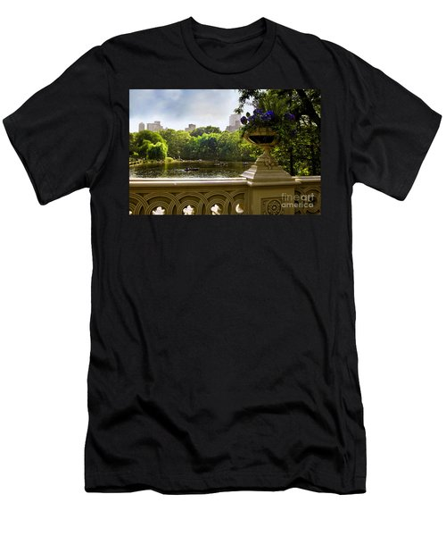 The Park On A Sunday Afternoon Men's T-Shirt (Athletic Fit)