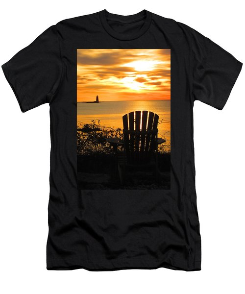 New Castle New Hampshire  Men's T-Shirt (Athletic Fit)