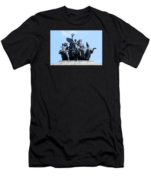 The Quadriga Men's T-Shirt (Athletic Fit)
