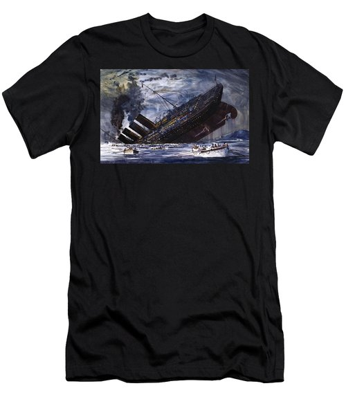 The Sinking Of The Titanic Men's T-Shirt (Athletic Fit)