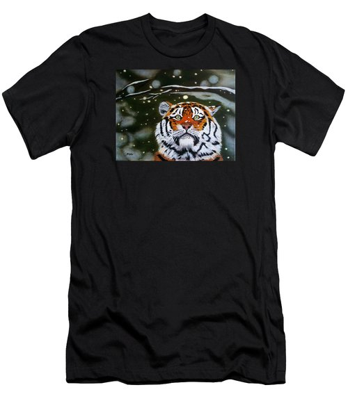 The Tiger In Winter Men's T-Shirt (Athletic Fit)
