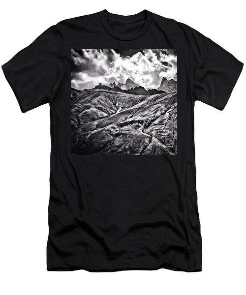 This Place Is Called moonland It Men's T-Shirt (Athletic Fit)