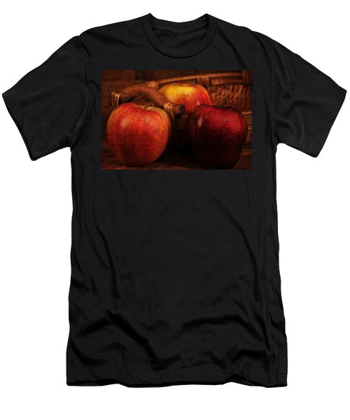 Three Apples Men's T-Shirt (Athletic Fit)