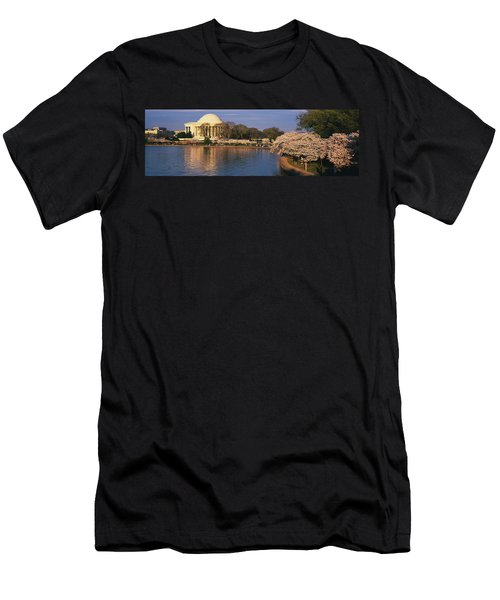 Tidal Basin Washington Dc Men's T-Shirt (Athletic Fit)