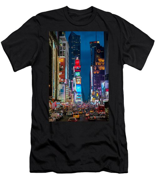 Times Square I Men's T-Shirt (Athletic Fit)