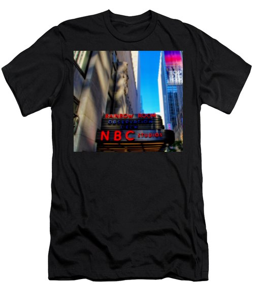 Top Of The Rock Tour In New York City Men's T-Shirt (Athletic Fit)