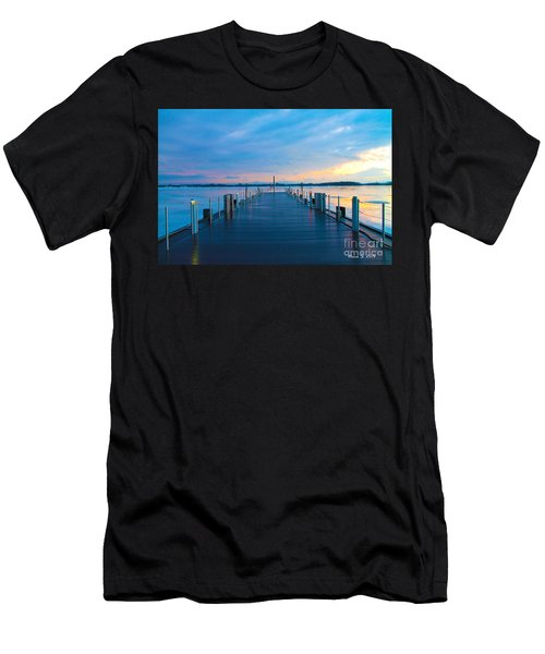 Toronto Pier During A Winter Sunset Men's T-Shirt (Athletic Fit)