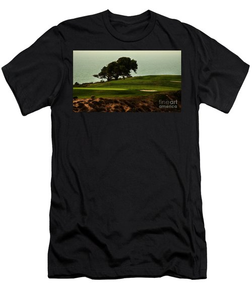 Torrey Pines Golfcourse Men's T-Shirt (Athletic Fit)
