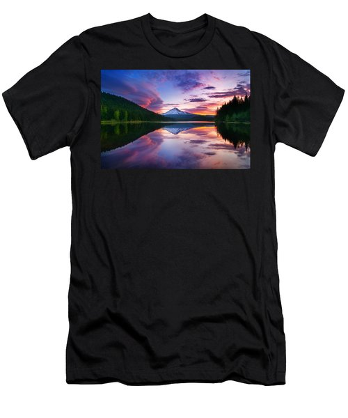 Trillium Lake Sunrise Men's T-Shirt (Athletic Fit)