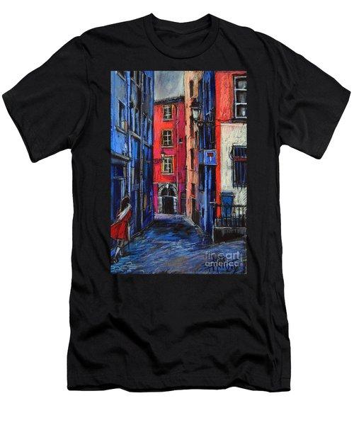 Trinite Square Lyon Men's T-Shirt (Athletic Fit)