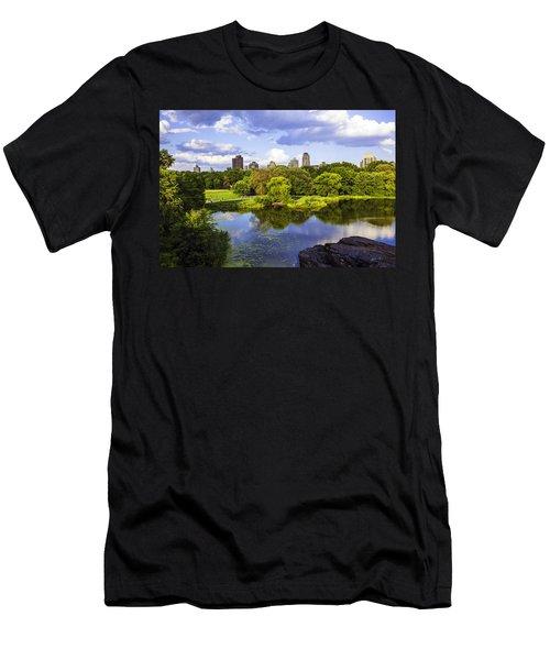 Vista Rock View 2  - Central Park - Manhattan Men's T-Shirt (Athletic Fit)