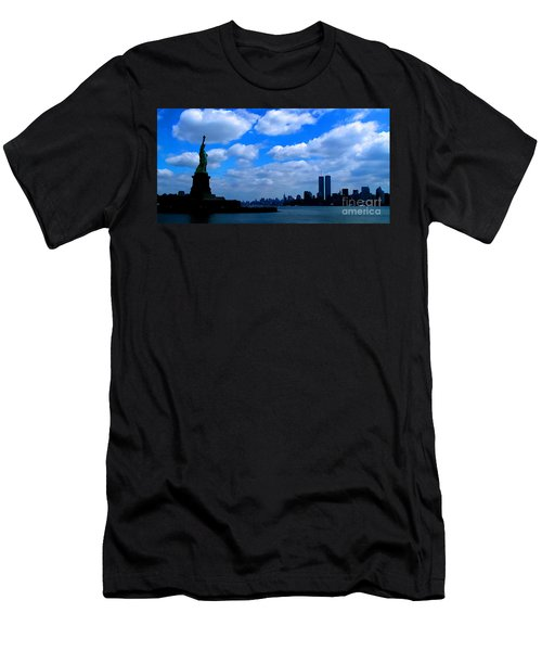 Twin Towers In Heaven's Sky - Remembering 9/11 Men's T-Shirt (Athletic Fit)