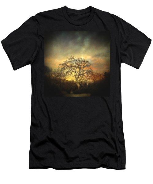 Un Dernier Crepuscule Men's T-Shirt (Slim Fit) by Taylan Apukovska