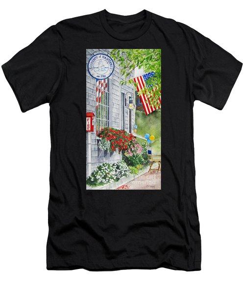 University Of Nantucket Shop Men's T-Shirt (Athletic Fit)