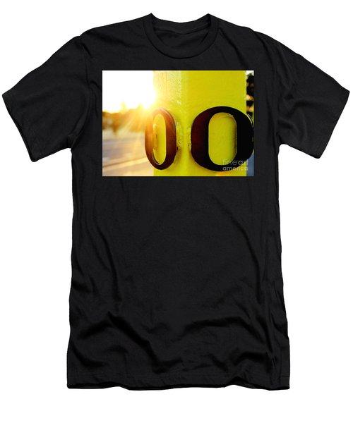 Uo 6 Men's T-Shirt (Athletic Fit)
