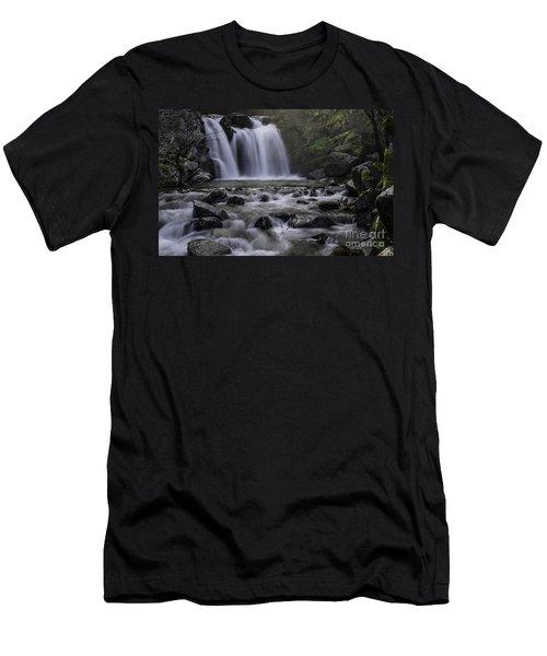 Upper Crystal Creek Falls  Men's T-Shirt (Athletic Fit)